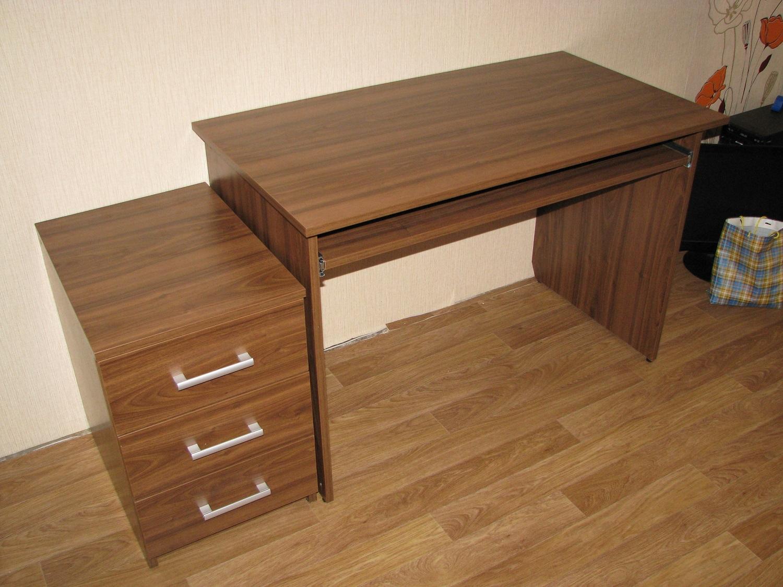 Стол компьютерный 07 (100х60).
