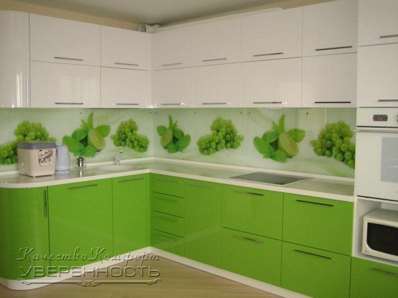 Кухня зеленая с белым дизайн фото