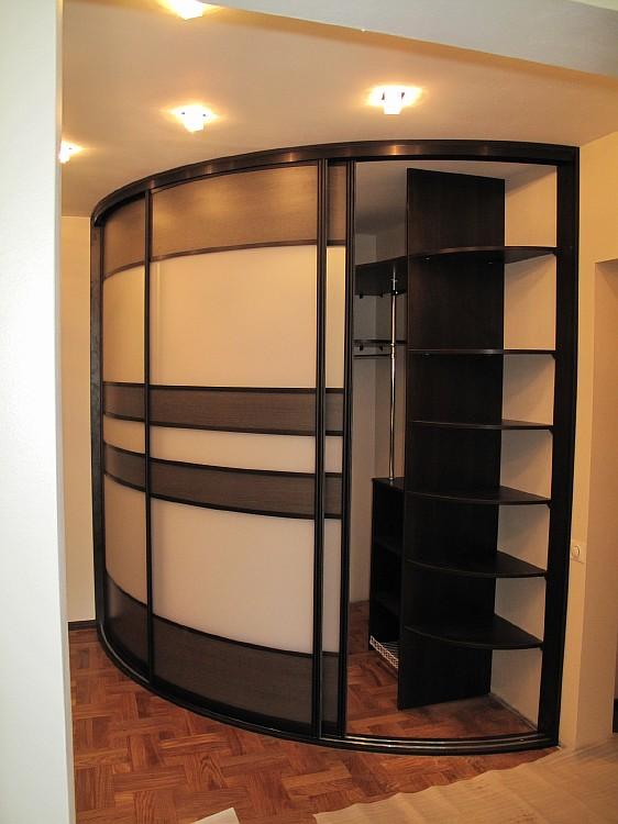 Угловые шкафы купе дизайн фото